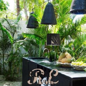 Buiten eten in een tropisch woud1