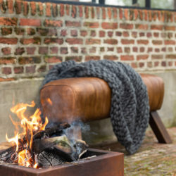 Gymnastiek kruk leder bruin hout